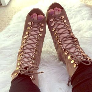 Shoes - Light brown lace up booties with gold hardware